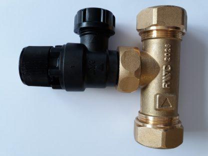 Heatrae Sadia Megaflo 22mm Tee / 6 Bar Pressure Relief Valve 95607030 / 95605893 p1